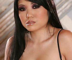 Saucy asian MILF Kaiya Lynn uncovering her tempting curves