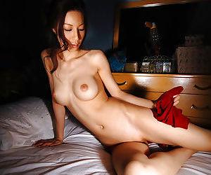 Cuddly asian babe Anari Suzuki invention say no to svelte circle