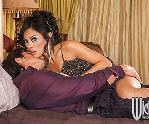 Ravishing asian MILF Kaylani Lei gets her pussy licked and drilled hardcore