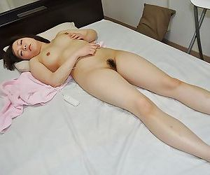 Teenage asian cutie Chika Matsura gets her clit vibed after shower