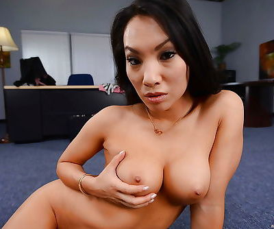 Stunning office lady Asa Akira gets rid of her dress clothes and lingerie
