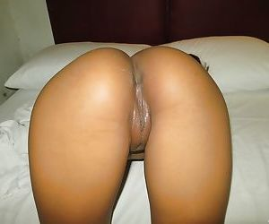 Thai girl Jiji offering up phat ass for doggystyle fucking on bed