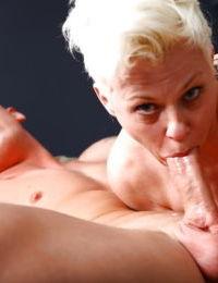 Solid boner drills mature Bree Branning before spraying her with spunk