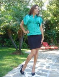 Mature brunette Francesca Le poses outdoor in her sexy high heels
