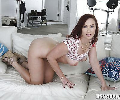 Curvy MILF Sophia Locke exposing large breasts and big butt