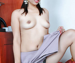 Pretty Latina cunning timer Clarice flashing guise panties under the sun unalterable