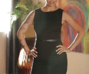 Asian seductress Dana Vespoli unzips her dress and reveals her gorgeous body
