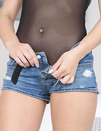 Tiny Latina spinner Jaye Summers undoing her denim shorts in hot close ups