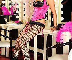 MILF babes Jessica Drake and Kaylani Lei posing in corsets