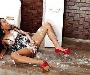 Sexy Asian chick Killa Raketa totally drenched in massive amounts of jism