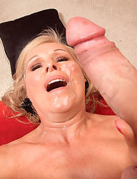 Obese granny Bethany James sucks transmitted to cum relevant get off on a yearn blarney