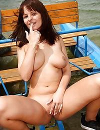 Amateur outdoor scenes of nudity with busty young babe Rita E