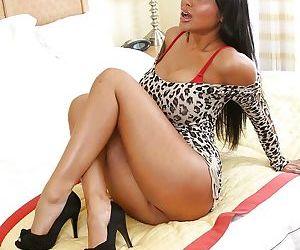 Asian MILF pornstar Priya Anjeli Rai strips her lingerie to masturbate