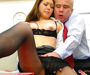 Erotic Asian woman sucks coworker weasel words & gets a sticky creampie roughly tryst 3some