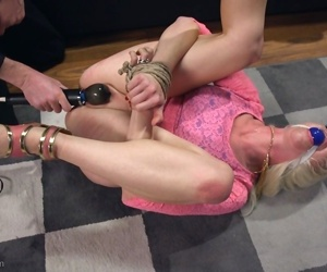 Inked female slave Lorelei Lee gets humiliated and anally fucked
