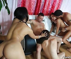Asian babe Ivy Winters has groupsex with ball licking and bukkake