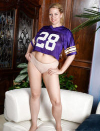 Aged lady Zoey Tyler spreads bald twat after panty and football jersey removal