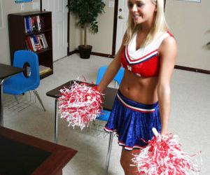 Slutty blonde cheerleader Bree Olson gets her shaved twat cocked up