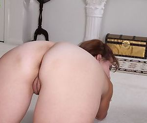 Skinny granny Alley undressing for spreading of mature vagina