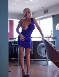 Horny as hell babe Sandra Otterson shows her amazing big boobies