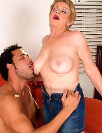 Piping hot grandmother Lin Boyde seduces a younger pauper relating to a brusque jean catholic