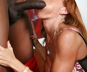 Redhead cougar Janet Mason goes 1 on 1 with the BBC of Jiffy Swarthy