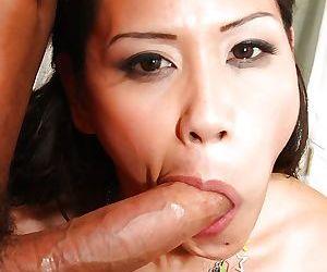 Asian MILF Jessica Bangkok deepthroat massive penis without gagging