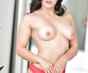 Asian curvylicious bimbo Mia Li toys her hot booty while stripping