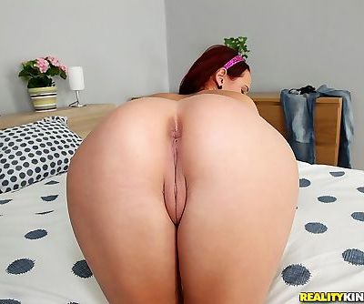 Slim amateur babe with petite ass and tiny tits stripping off her clothes