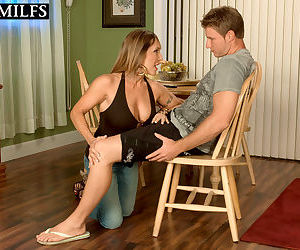 Hot older lady Luna Azul gives a young boy his first blowjob