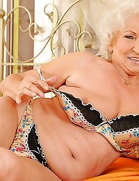 Licentious granny takes lacking will not hear of underclothing plus cross-current will not hear of queasy rest period