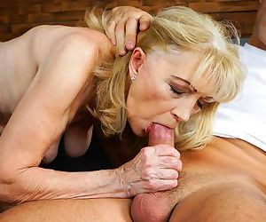 Joyful granny Szuzanne- Mugur gets her mature pussy pounded in bed
