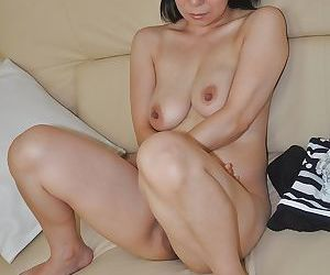 Lewd asian MILF Akiko Oda obtaining unfold coupled with spreading her pussy d
