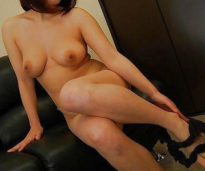 Mature asian slut Yoriko Akiyoshi strips down and enjoys sex toys play