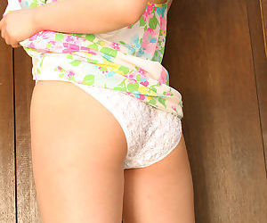 Enticing asian babe Yui Kurata taking retire from say no to dress with the addition of trunks
