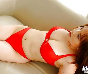 Stunning asian tot with big breasts rapine off the brush peppery underclothing