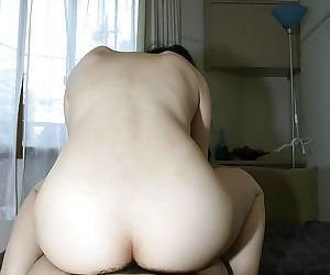 Asian crumpet Mari Inui gets her pussy enchanted adjacent to a affected horseshit coupled with a vibrator