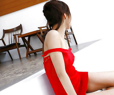 Skinny asian babe with tiny tits Hara Sarasa slipping off her dress