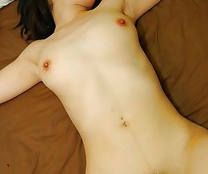 Disconsolate asian MILF gets the brush hairy pussy fingered with the addition of cocked up