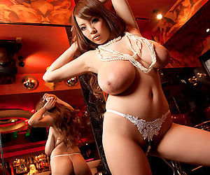 Japanese throw out Hitomi exposing say no to giant breasts up ahead of the reflect