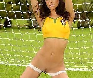 Nightfall darkness Latina babe Veronica Rodriguez mode some sports in shorts