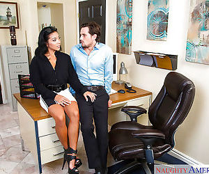 Asian wife Morgan Lee making pornstar debut with BJ on knees in high heels