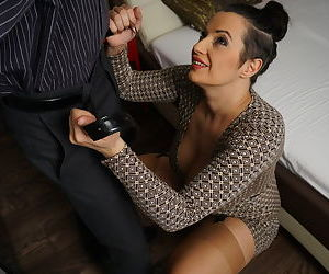 Plump mature mmom enjoys a deep fuck and nipple sucking from her young stud