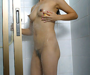 Toying herself wasnt enough so Asian babe Diep had fun in the shower