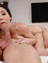A pussy massage makes pornstar Noelle Easton hungry for big hard dicks