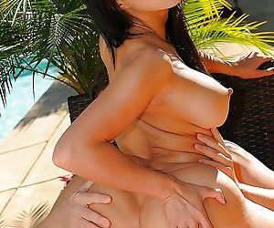Gorgeous asian slut gives head and gets shagged tough outdoor