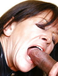 Aged UK woman Lady Sarah having her pierced pussy licked out