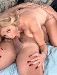 Older blonde lady Holly Claus lets her young lover ass fuck her