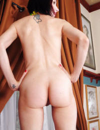 Exquisite mature woman Alyce Porter takes off lingerie boasting of juicy holes