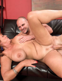 Matrue with big tits Sheri Fox enjoys young penis in her creamy pussy